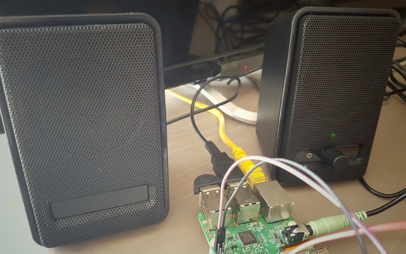 Android Things - Control your devices through voice with USB