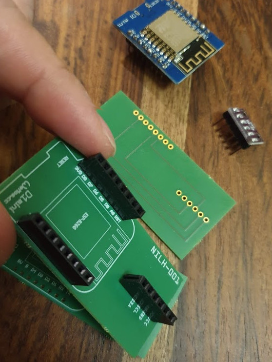 pic08_pcb-headers